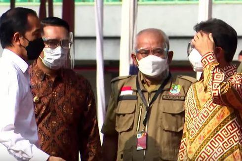 Bekasi Gelar Vaksinasi Covid-19 di Stadion, Jokowi Harap Bisa Diterapkan di Wilayah Lain