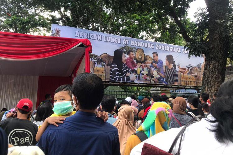 Suasana Bandung Zoological Garden, Sabtu (15/5/2021)