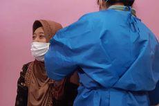 'Relawan Tidak Tahu Apakah Disuntik Vaksin Covid-19 atau Plasebo'