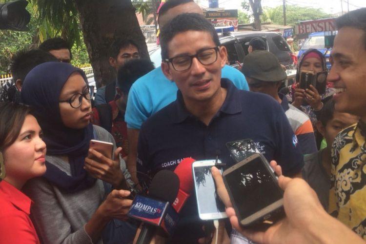 Sandiaga Uno di Asrama Mahasiswa Riau, Jakarta Selatan, Sabtu (13/10/2018).