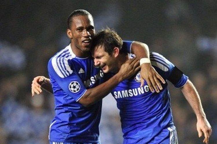 Frank Lampard mengajak Didier Drogba menjadi bagian dari tim pelatih Chelsea musim depan,
