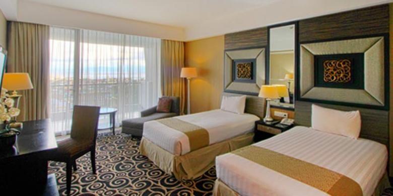 Hotel Grand Dafam Bela Ternate merupakan hotel bintang 4 di Kota Ternate, Maluku Utara. Hotel ini memiliki 192 kamar dengan pemandangan yang memanjakan mata karena terletak di kaki Gunung Gamalama dengan pemandangan laut dan pulau.