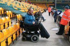 Diskriminasi Premier League Terhadap Suporter Berkursi Roda