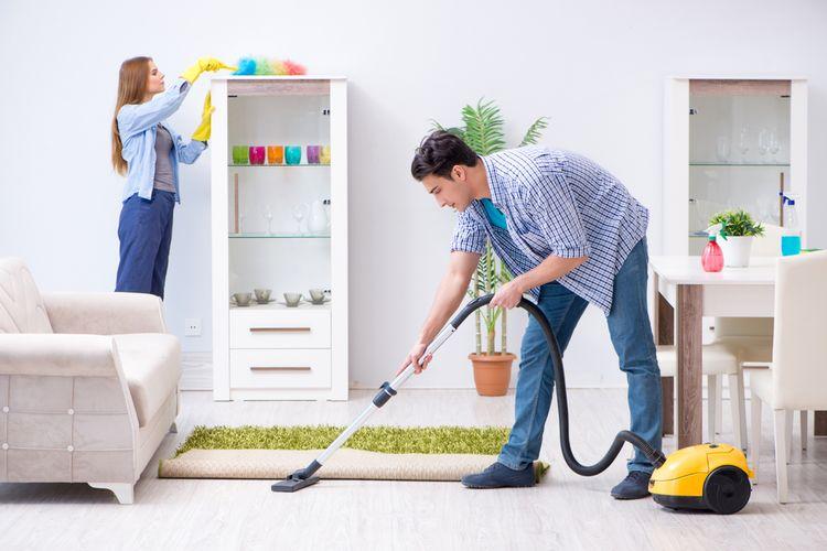 Rutin Membersihkan Rumah