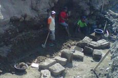 Batuan Candi Prambanan Dipakai untuk Bangun Talud