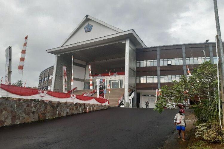 Suasana Kantor DPRD Sulawesi Utara, Senin (12/10/2020)