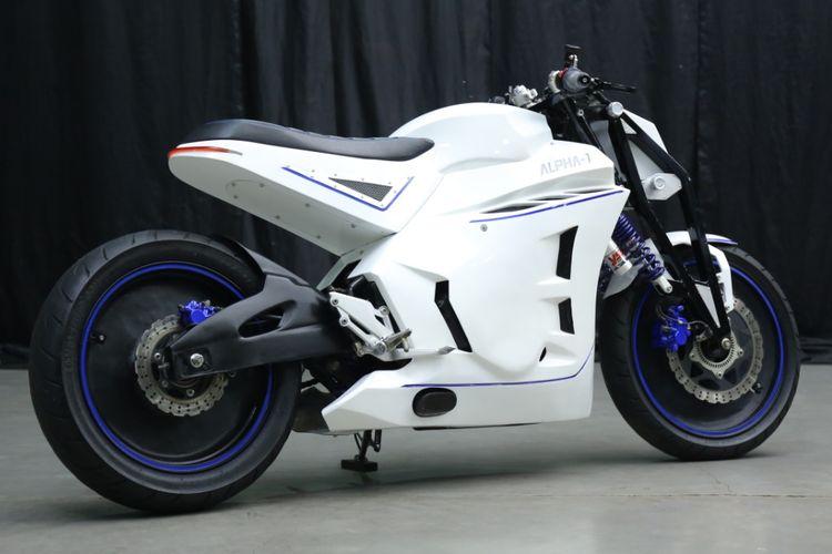 Kawasaki Ninja 250 bergaya Neo Cafe Racer garapan Zone Modified Project