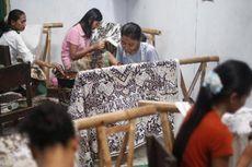 Perajin Batik Lokal Kian Tergerus Batik Impor