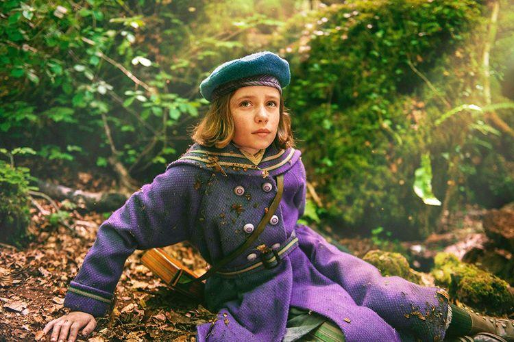 Dixie Egerickx dalam film The Secret Garden