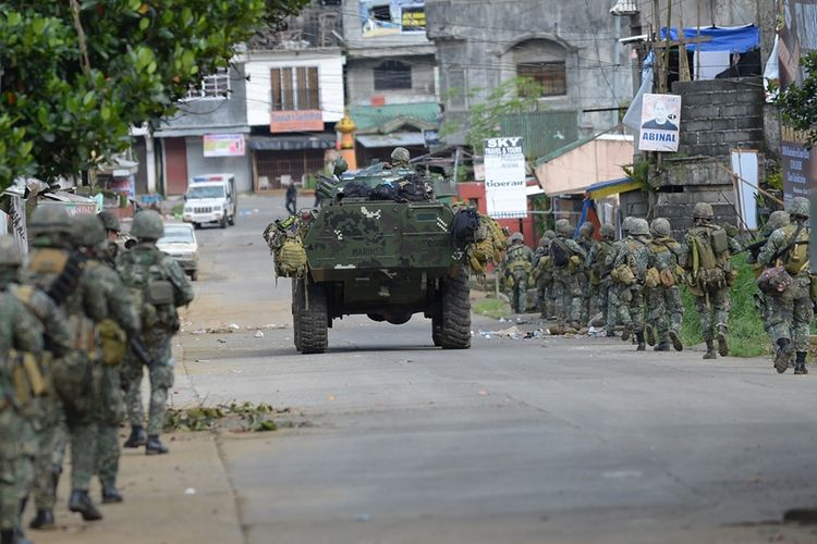 Tentara Filipina tengah bersiap menyerang salah stau basis kelompok militan Maute yang bersembunyi di dalam kota Marawi, Mindanao.