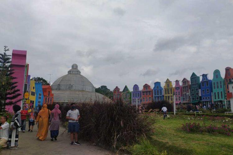 Suasana di Florawisata San Terra de Lafonte di Pujon, Kabupaten Malang