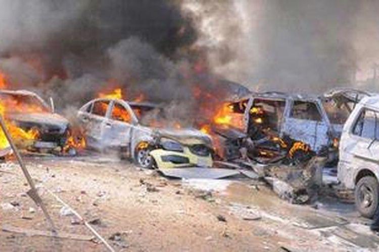Sebuah bom mobil meledak di pusat kota Damaskus, Suriah tak jauh dari pusat Partai Baath, partai berkuasa di negeri itu.