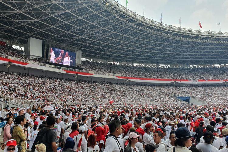 Kampanye Jokowi-Maruf bertajuk Konser Putih Bersatu di Stadion Gelora Bung Karno, Jakarta, Sabtu (13/4/2019).