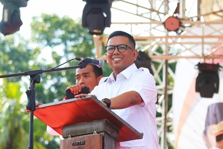 Ketua DPRD Banten Andra Soni