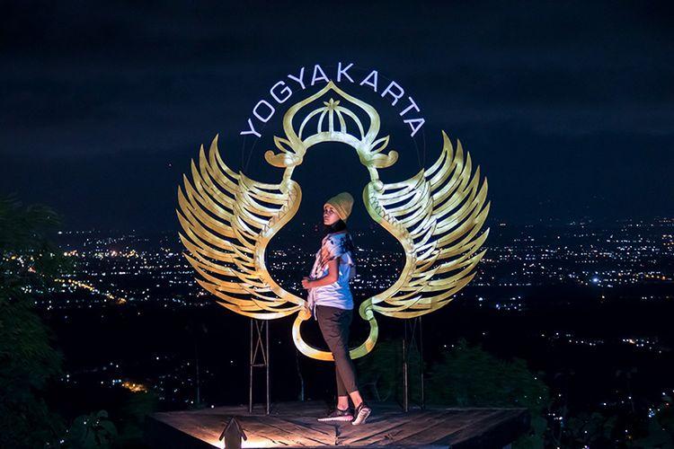 Salah satu spot foto di Obyek Wisata Pintu Langit Dahromo, Bantul, Yogyakarta.