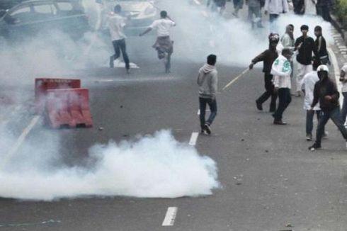 Ditemukan Selongsong Gas Air Mata Bukan Milik Polisi Setelah Ricuh Demo Ahok di KPK