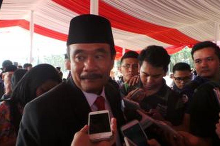 Wakil Gubernur DKI Jakarta Djarot Saiful Hidayat seusai apel HUT ke-70 Republik Indonesia, di Lapangan Monas, Jakarta, Senin (17/8/2015).