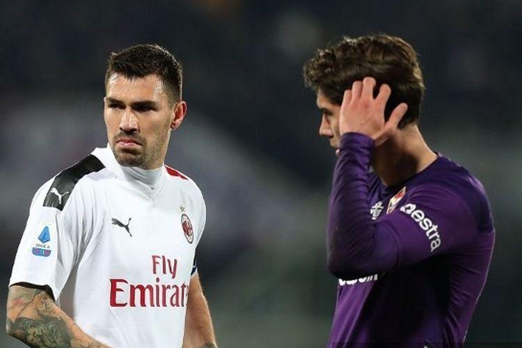 Ekspresi Alessio Romagnoli pada laga Fiorentina vs AC Milan di Stadion Artemio Franchi, Sabtu (22/2/2020) atau Minggu dini hari WIB.