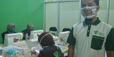 Dompet Dhuafa Sulsel Produksi Masker Khusus untuk Penyandang Tuli