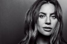 Lady Gaga Berpose Telanjang ala Robot untuk Sampul Majalah