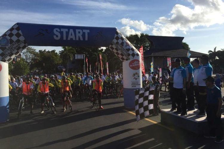 Melalui salahsatu program unggulan Kemenpora Ayo Olahraga, yang mengajak masyarakat untuk bergerak dan berolahraga bertajuk Gowes Nusantara, lebih dari 1300 orang tumpah ruah di lapangan Ngaralamo Salero, Ternate, Minggu (14/7/2019).