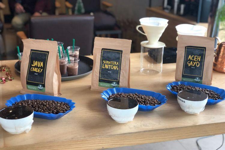 Tiga varian biji kopi unggulan Indonesia.