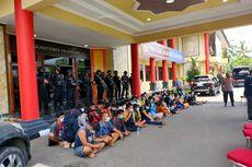 Gerebek Kampung Narkoba, Polisi Amankan Sabu Seberat 1,5 Kg
