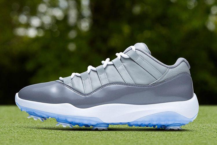 Jordan kembali menelurkan varian terbaru versi Air Jordan 11 OG, namun kini dilengkapi dengan cleat untuk bermain golf.