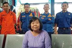 Puskesmas dan RSUD Menyerah, Damkar Kembangan Turun Tangan Lepaskan Cincin di Jari Nunung