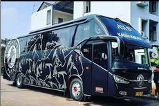Bus Baru AHHA PS Pati FC, Langsung Dirombak Kabinnya