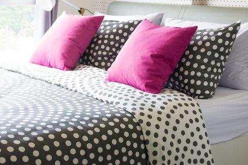 Jangan Salah Kaprah, Ini Perbedaan Seprai dan Bed Cover