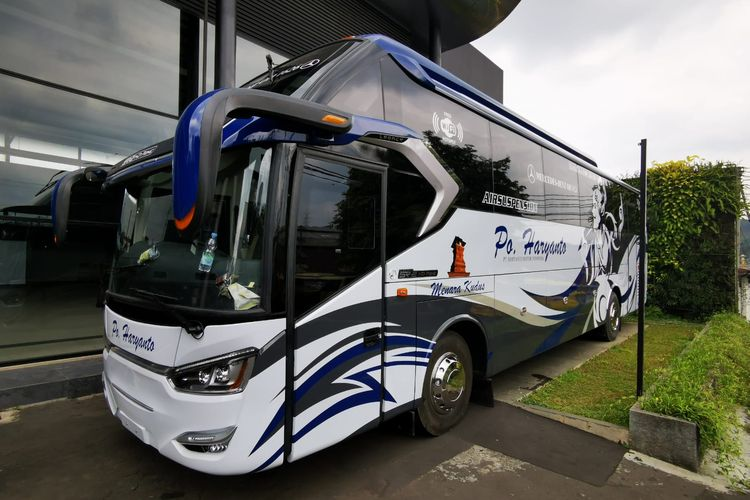 Bus AKAP baru PO Haryanto