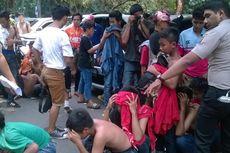 Polisi Tahan Belasan Bocah yang Diduga Provokator di Stadion Utama GBK