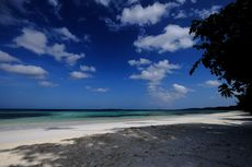 Pantai Ngurbloat di Maluku Tenggara, Konon Punya Pasir Putih Terhalus di Dunia