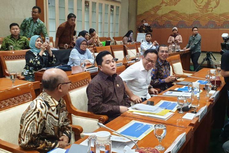 Menteri BUMN Erick Thohir saat menghadiri rapat panitia kerja Jiwasraya di DPR RI, Jakarta, Rabu (29/1/2020).