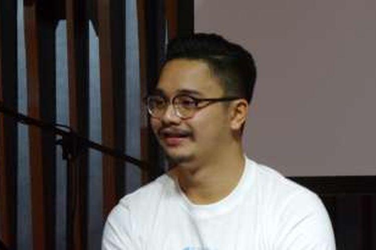 Derby Romero menghadiri acara peluncuran trailer dan lagu tema film ILY from 38.000 Ft, di Hard Rock Cafe Jakarta pada Kamis (9/6/2016).