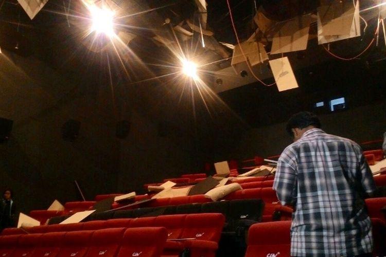 Kondisi bioskop di ACC Ambon setelah Ambon diguncang gempa sebanyak 5 kali, Selasa (31/10/2017) malam.