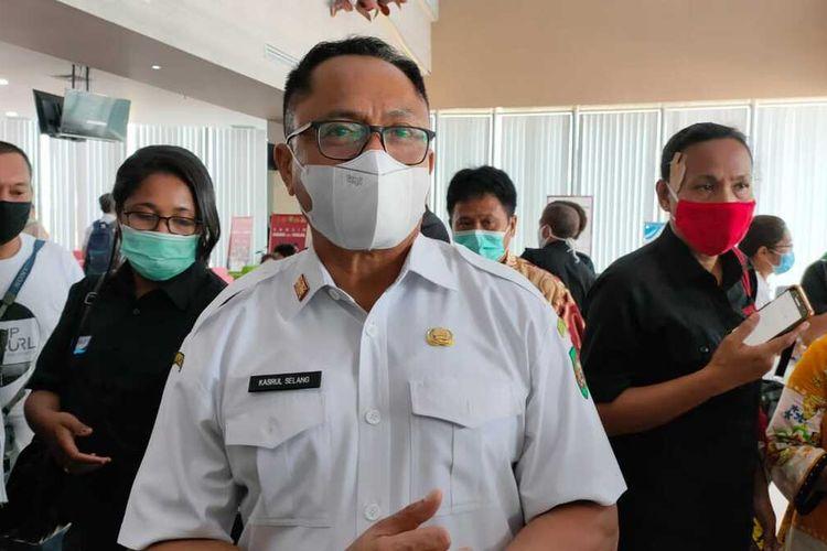 Ketua Harian Satgas Penanhanan Covid-19 Provinsi Maluku, Kasrul Selang