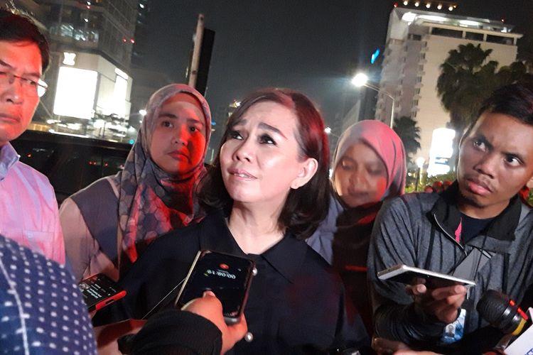 Kepala Dinas Kehutanan DKI Jakarta Suzi Marsita, di depan instalasi gabion, Bundaran HI, Jakarta Pusat, Minggu (25/8/2019) malam