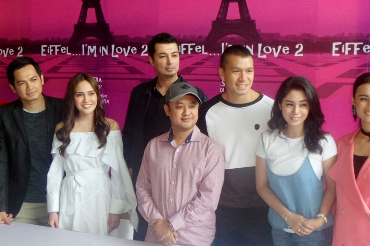 Suasana jumpa pers film Eiffel Im in Love di kantor Soraya Intercine Films, Menteng, Jakarta Pusat, Jumat (14/9/2017).