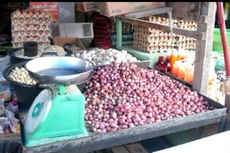 Barga bawang putih di Mamuju Tengah naik hingga 200 Persen.