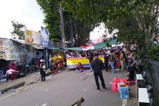 Tolak Penggusuran, Warga Tepi Sungai di Samarinda Blokade Jalan