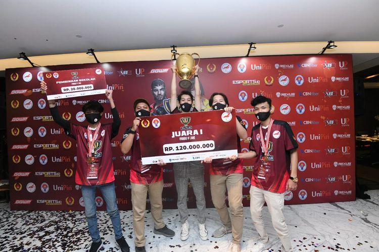 Kompetisi Free Fire Piala Pelajar Se-Jabodetabek dimenangi oleh SMAN 13 Depok.