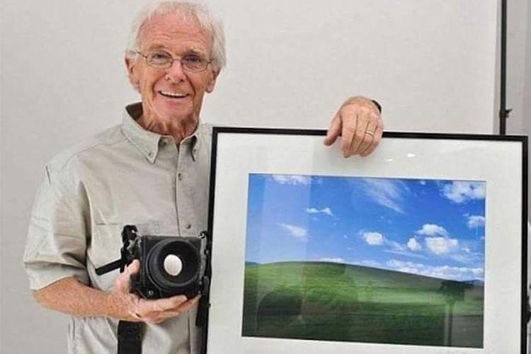 Charles O'Rear, fotografer yang karyanya dipakai untuk wallpaper default Windows XP.