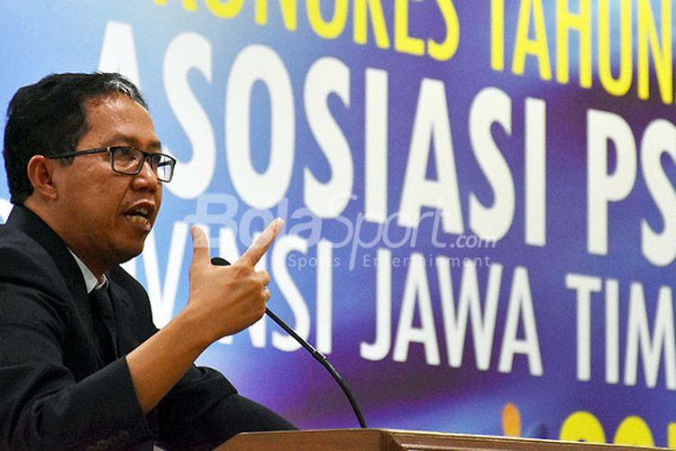 Wakil Ketua Umum PSSI, Joko Driyono, saat memberikan sambutan dalam Kongres Tahunan PSSI Jawa Timur yang berlangsung selama dua hari, 25-26 Oktober 2017, di Hotel Agro Kusuma Batu, Jawa Timur, Rabu (25/10/2017).