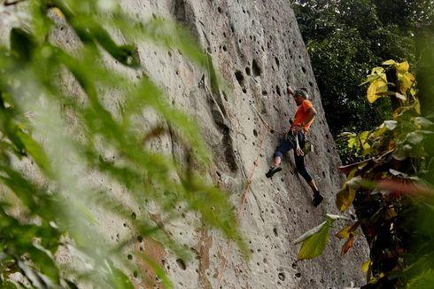 Panjat Tebing Disarankan Pakai Masker, Ini Cara Agar Tidak Mengganggu
