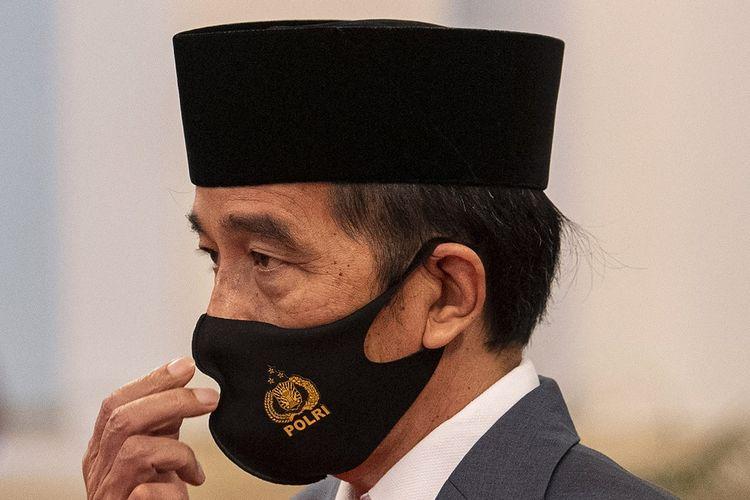 Presiden Joko Widodo selaku inspektur upacara tiba dalam Peringatan Ke-74 Hari Bhayangkara Tahun 2020 di Istana Negara, Jakarta, Rabu (1/7/2020). ANTARA FOTO/Sigid Kurniawan/POOL/aww.