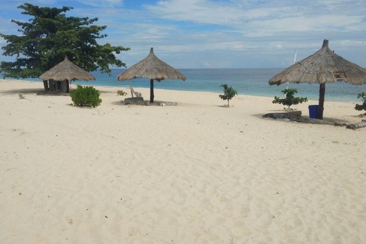 Obyek wisata Pantai Mananga Aba di Kabupaten Sumba Barat Daya, Nusa Tenggara Timur (NTT).