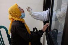 Masyarakat yang Masuk Trenggalek Jalani Rapid Test Antigen