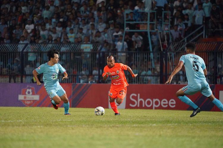 Laga pekan kelima Liga 1 2019 antara Persela Lamongan vs Persija Jakarta di Stadion Surajaya, Lamongan, Sabtu (22/6/2019)